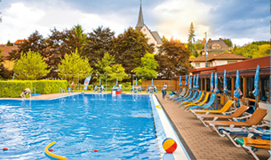schwimmbad in hammelbach